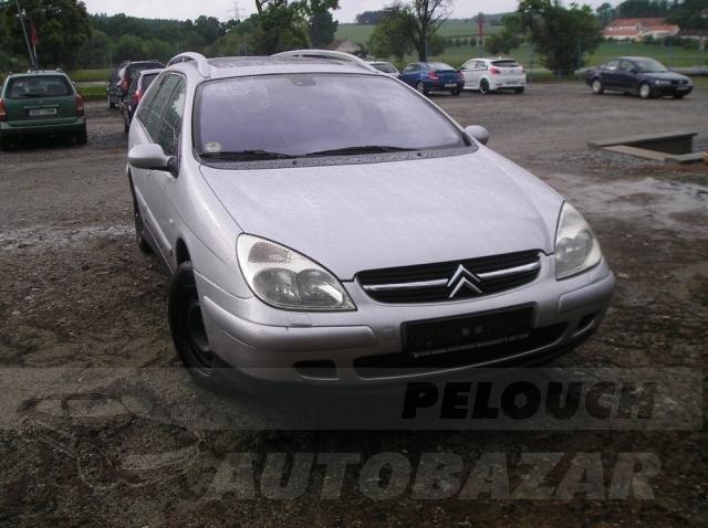 Auta Pelouch U tří křížů - Citroen C5 combi 2.2 HDI