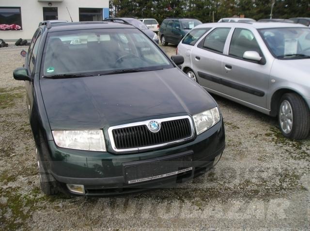 Auta Pelouch U tří křížů - Škoda Fabia 1.4 16V Combi