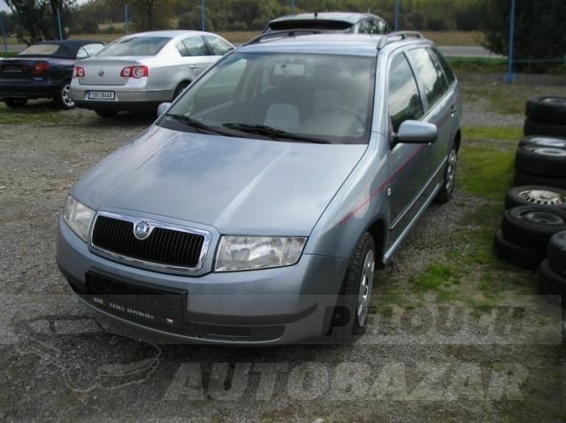 Auta Pelouch U tří křížů - Škoda Fabia 1.4