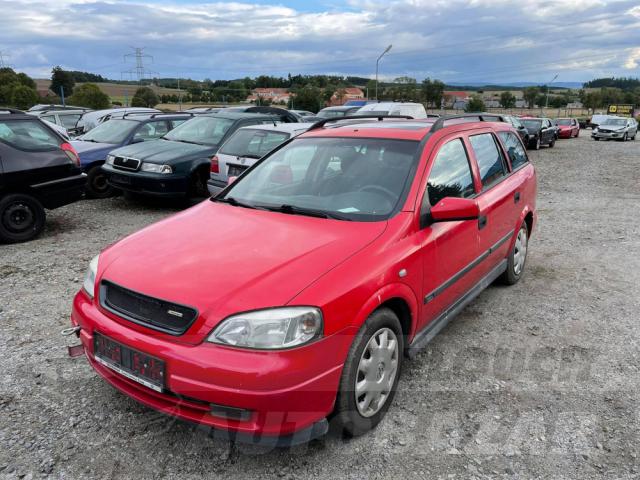 Auta Pelouch U tří křížů - Opel Astra G